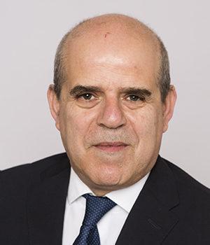 Alek Klioua, spécialiste en levée de fonds, Viajuris