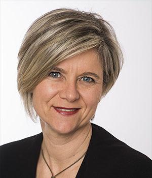 Annick Lachaume, assistante juridique contentieux fiscal - Viajuris