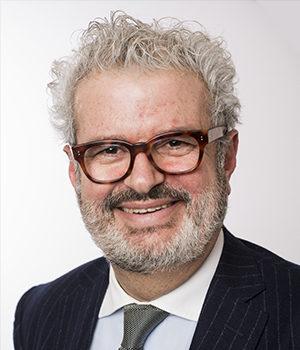 Antoine Stehelin, avoact en droit des affaire international, Viajuris
