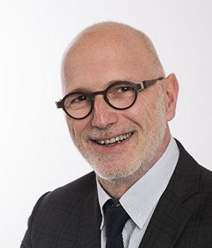 Gérard Espesson, avocat en droit des affaires, Viajuris