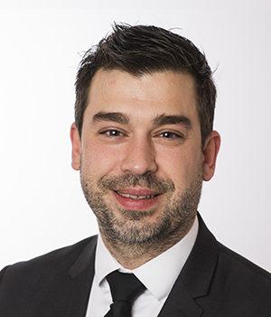 Ulrich Dumas, avocat en transmission d'entreprises, Viajuris
