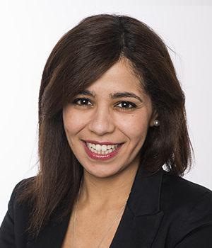 Zahra Boumadi, assistante juridique au cabinet d'avocats Viajuris